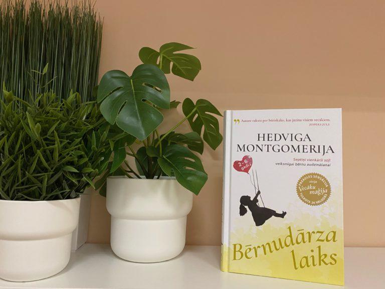 """Krīzes centrs ,,Mīlgrāvis"""" saņēmis norvēģu autores Hedvigas Montgomerijas grāmatu ,,Bērnudārza laiks"""""""